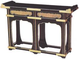 須弥型焼香机(通し彫)